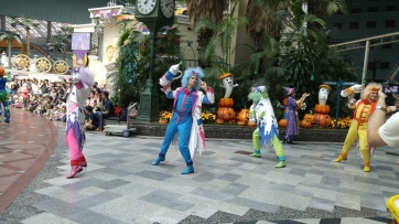 every group of performers had their own style of dance that went with the characters they played