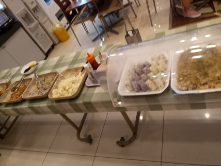 breakfast buffet including seasoned plain onigir, eggs and noodles