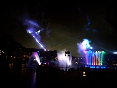 water show with rainbow fountains