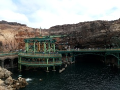 view across the water of the entrance to 20,000 leagues under the sea ride